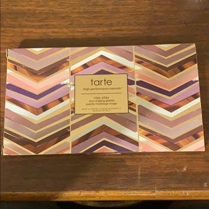 Tarte clay play face shaping pallet.